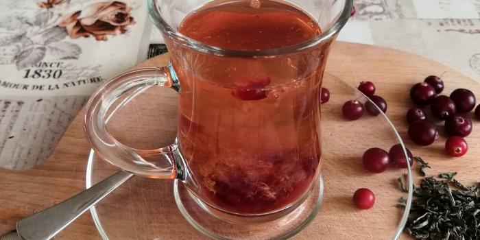 чай с клюквой и облепихой